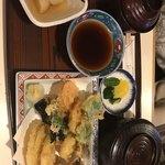 茂利川 - 天ぷら定食の野菜