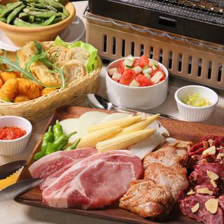 牛・豚・鶏3種のお肉食べ放題BBQガーデン!4500円
