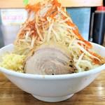 デカ盛り戦隊 豚レンジャー - 料理写真:ラーメン(並)+野菜ニンニクチョイ辛