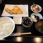 魚敬 - 日替わりランチ 850円