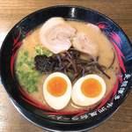 元祖博多 中洲屋台ラーメン 一竜 - 味玉ラーメン+赤ダレ