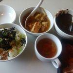 じゅうじゅうカルビ - モツ鍋、スープ