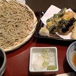 手打ちそば 甚作 - 料理写真:春野菜天セット900円