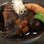 炭火串焼 もん - 北海道カレイの煮付け