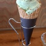七海 - ピスタチオアイス♪。コクはあるけどクドくなく、食べ易い感じでした。