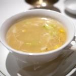 中国飯店 - 毛蟹のほぐし身コーンスープ