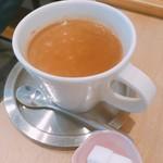 ノムカフェ - ベトナムミルクコーヒー  250円