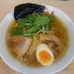めん処羽鳥 - しょうゆらーめん 710円