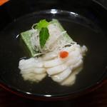 与志福 - アイナメ、よもぎ豆腐、うどの椀