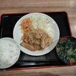 85195892 - 豚肉と野菜のピリ辛炒め(ご飯・みそ汁付き)