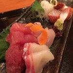 鮨市 - 海鮮定食のお造り6種 手前マグロ タイ カンパチ