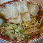 らーめん秋田 ひない軒 - チャーシュー麺、普通盛り。