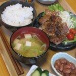 きっちんCAFE PROM610 - 料理写真:毎日2種類の週替わりご飯    ホームページでメニュー公開中!