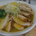 鶏蕎麦かかし - 鶏塩蕎麦チャーシュー