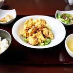 中国料理 桃の華 - 油淋鶏ランチ