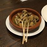 ひがまつタウンカフェ - 料理写真:マッシュルームのアヒージョ