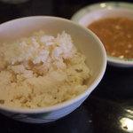 琉球食堂kafu - ご飯とカレーはセルフで