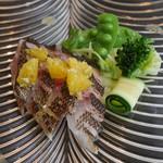 ザ フレンチ ブルー - 前菜 旬の魚のカルパッチョ