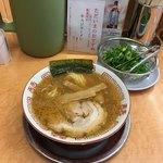 ラーメン てんぐ - てんぐラーメン 並  ¥750                                    麺110g スープ370cc