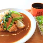 カフェ リッチョ - 料理写真:カレーランチ
