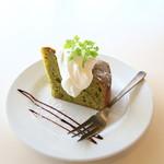 カフェ リッチョ - 抹茶と小豆のパウンドケーキ