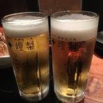博多もつ処 煌梨 - 乾杯の生ビール