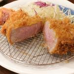 大五 - プラチナロースとんかつ定食 (200g)