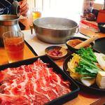 どん亭 - 鍋がグラグラ