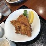 中国料理千琇 - 鶏の唐揚げ大2コ