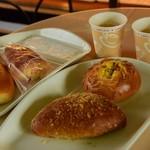 OTO - 料理写真:コーヒー1杯無料です