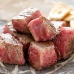 胡楽人 - 分厚くカットした伊賀肉のサーロインステーキ!