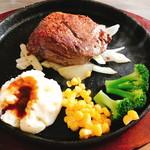 まんぷくステーキ&ハンバーグ ニクカ - 赤身ランプ200g(1.200円)は20%オフ