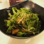 豊前房 - 春菊と桜えびのサラダ(スモールサイズ)
