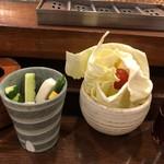 串かつ料理 活 - キャベツ&スティック野菜