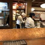 串かつ料理 活 - 内観