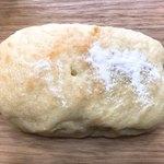 山梨パン工房 モンマーロ - お豆腐パン