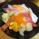虎杖 - 上海鮮丼2,280円。虎杖表店(築地場外)食彩品館.jp撮影
