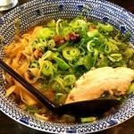 らぁ麺てる坊 - 料理写真:九条ねぎらぁめん¥880