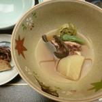 八勝閣 みづのを - '18/05/01 煮物(蛸と春菜の炊き合わせ)