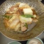 八勝閣 みづのを - '18/05/01 鍋物(名古屋コーチンのすき焼き)
