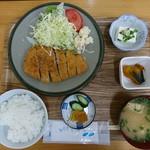 食事処 かとう - 2018年4月 豚カツ定食 900円