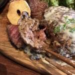 梅田肉料理 きゅうろく - ミディアムレア。焼き石で熱々にも。