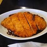 ベニ屋 - 料理写真:カツカレー 800円