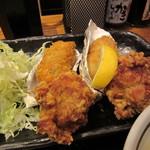 北海道厚岸 - カキフライ2個 & ザンギ3個