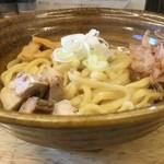 めん処 麒麟児 - 料理写真:油そば(平打)