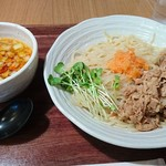 麺処直久 - 肉盛り辛つけ麺 820円(税込)