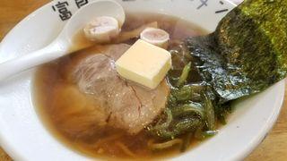 富良野五郎ラーメン - 香りが懐かし〜♬でも輪ゴム麺です(笑)茎わかめっぽいのが入ってます!