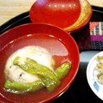8527856 - 昆布出汁が体にしみわたる、碗 ひじきがんも・鷹ヶ峰とうがらし・和辛子