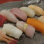金寿し - 料理写真:ランチ 握り寿司10貫御膳