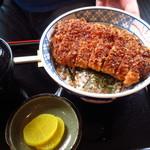 そば処 清水屋 - 料理写真:カツ丼(タレカツ)800円